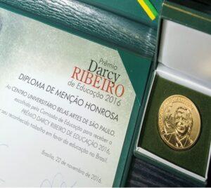 darcy-ribeiro_materia-belas-artes
